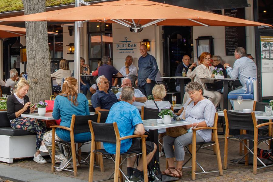 blue bar terras oisterwijk
